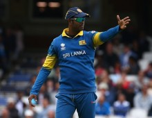 Mathews rues missed chances