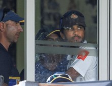 Sri Lanka defend decision not to enforce follow-on