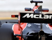 McLaren 'would' win with Mercedes power