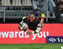 Eight-try Crusaders cruise past Sunwolves