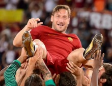 Totti returns to Roma in director role