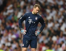 Broken foot ends Neuer's season