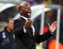 Komphela voices opinion on free agents