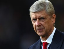 Wenger dismisses Adams criticism